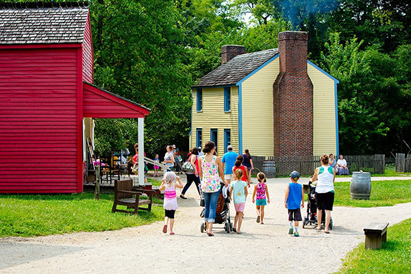 families at Prairietown