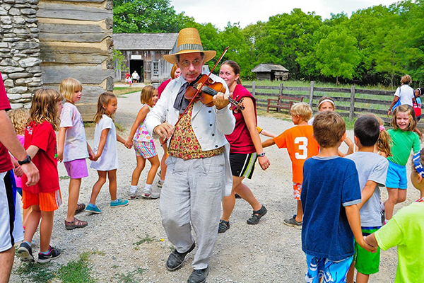violin player at Conner Prairie