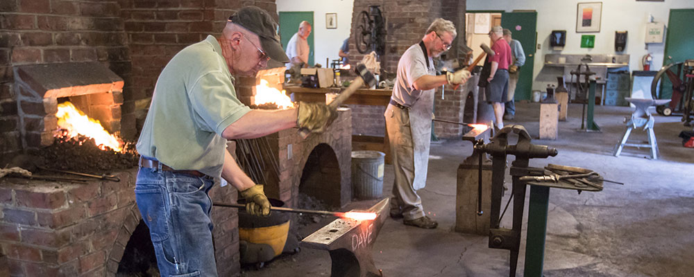 Traditional Arts & Arms Making Workshops: Forging Damascus Steel