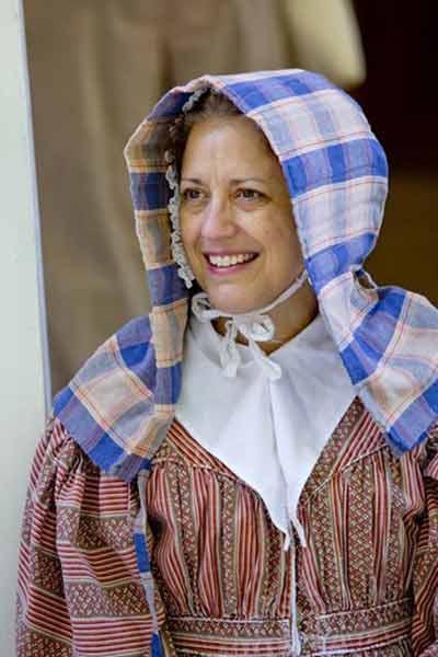 woman in day bonnets