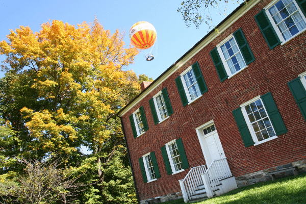 2009 Balloon over the William Conner House