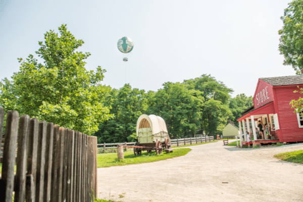 Balloon Over Prairietown